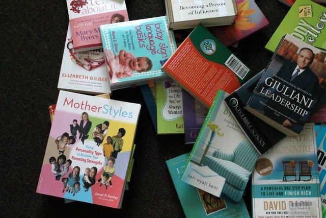 Konmari books | www.OrganisingQueen.com