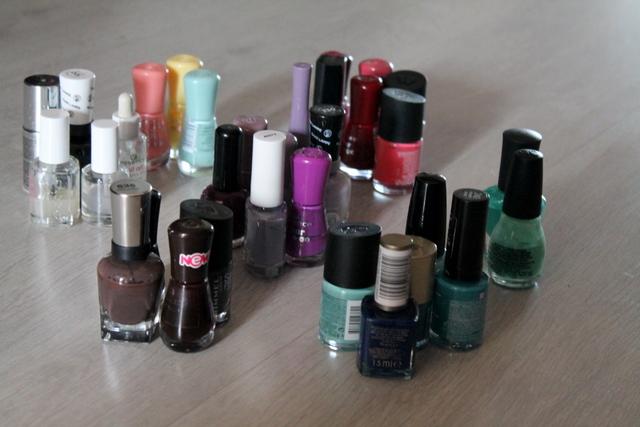Konmari-ing nail polish | www.OrganisingQueen.com